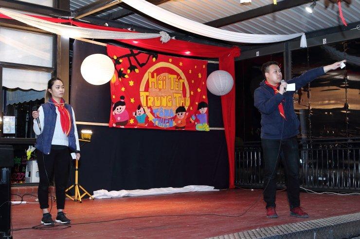Hình ảnh sinh hoạt đêm trung thu 2017 tại trung tâm Hoan-Thiện